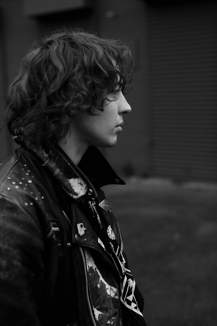 Barns Courtney by Tom Oxley